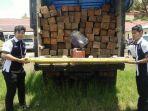 tribunkalteng-truk-kayu-ilegal.jpg