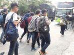 tribunkatlengcom-bus-mahasiswa-kena-tilang.jpg