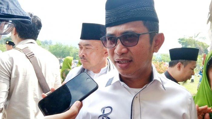Bedah Buku Jokowi dan Program IKN Dibahas di Balikpapan, Jokowi Luncurkan Buku
