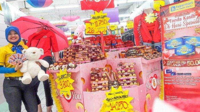 Hypermart Pentacity Sambut Valentine, Beri Harga Spesial Cokelat dan Boneka