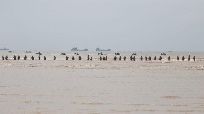 Latihan Bersama (Latma) Garuda Shield ke-15 tahun 2021 antara TNI AD dengan US Army di Samboja, Kamis (5/8/2021).
