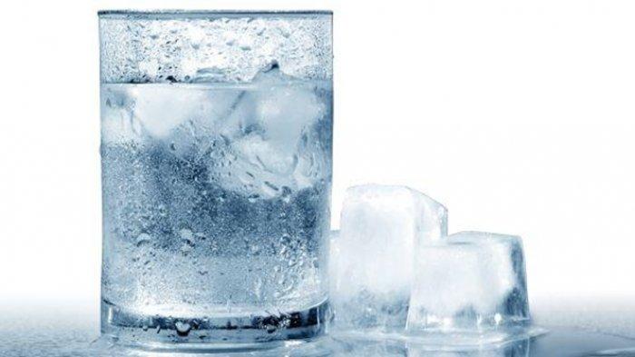 Apa Benar Minum Air Dingin Terus Menerus Bisa Sebabkan Penyakit Jantung? Ini Penjelasan Menurut Ahli