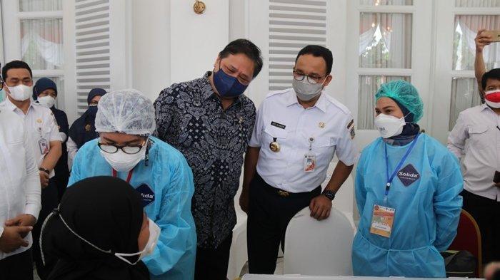 Airlangga Hartarto Sebut Vaksinasi Lindungi Ibu Hamil dan Bayi dari Covid-19