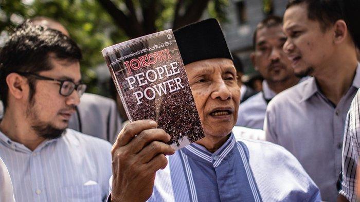 TERPOPULER Surat Terbuka Istri Penulis Buku Jokowi People Power, Keberatan Sikap Amien Rais