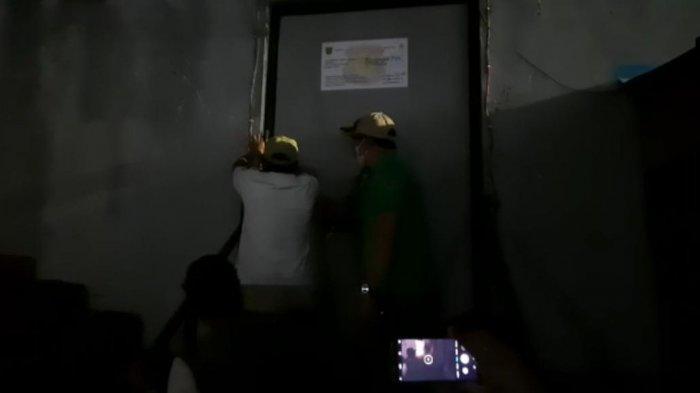 BREAKING NEWS Tim Gabungan Segel THM di Plaza 21 Samarinda, Walikota Andi Harun Akui Ilegal