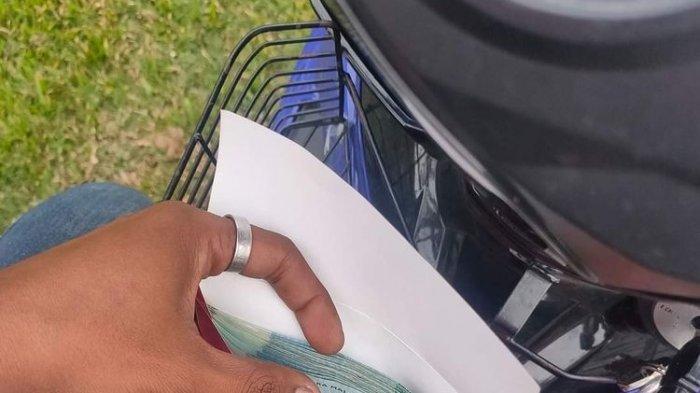 Viral, Driver Ojol Makanan Kaget Saat Buka Amplop, Dapat Tip Rp 3,5 Juta, Pemesan Minta Didoakan