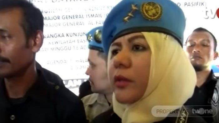 Begini Ekspresi Kaisar Sunda Empire Kala Digiring Bersama Nasri Banks oleh Polisi, Saling Tersenyum