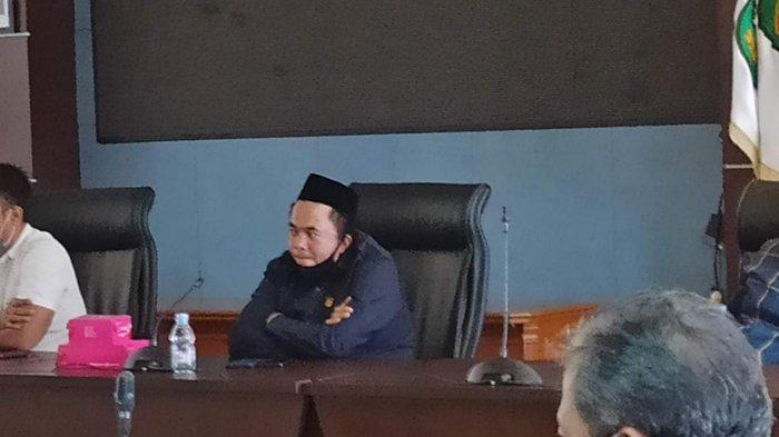 Anggota DPRD Kukar Dapil Loa Janan-Loa Kulu Minta Pemkab Prioritaskan Perbaikan Jalan