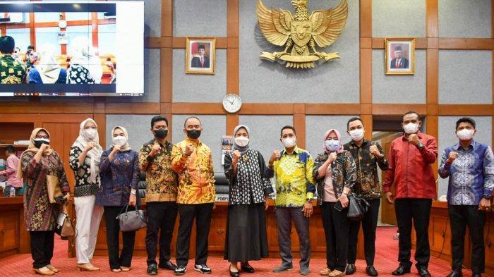 Anggota DPR RI Hetifah Minta Agar Tenaga Kependidikan juga Diperhatikan, Terima Kunjungan DPRD Paser