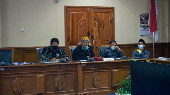 Buruh Adukan Perusahaan Lakukan PHK karena Pandemi, Anggota DPRD Kutim: Jangan Pecat Seenaknya