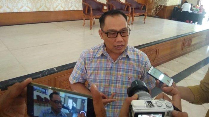 Pelantikan PWI Kukar, Anggota DPRD Kaltim Sarkowi Zahri Berharap Kesejahteraan Wartawan Meningkat
