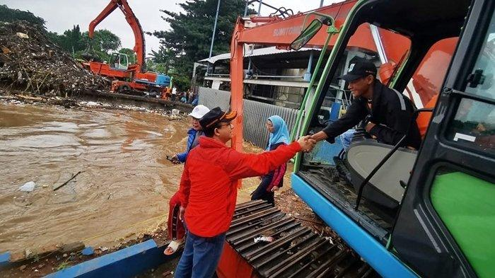 Ke Bos Mayapada Anies Baswedan Ucap Banjir Jakarta Lebih Cepat Surut Dibanding Masa Ahok dan Jokowi