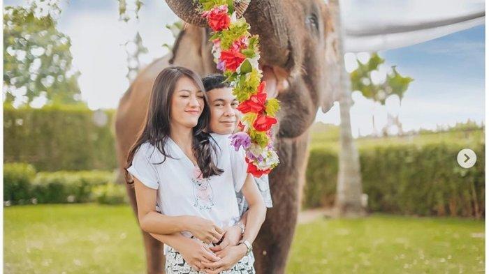 Menyambut Kelahiran Anak Pertama, Raditya Dika Rombak Taman Jadi Ruang Kerja