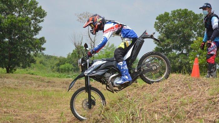 Asah Skill Riding Offroad Sambil Seru-seruan Bareng Yamaha WR 155 R