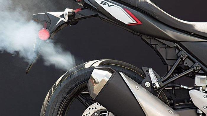 Knalpot Motor Keluarkan Asap Tipis saat Dihidupkan, Cek Beberapa Komponen Ini