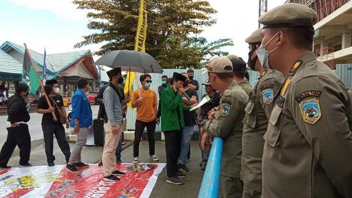 Diterima Disdikbud dan Disnaker Kaltara, Pengunjuk Rasa di Tanjung Selor Membubarkan Diri