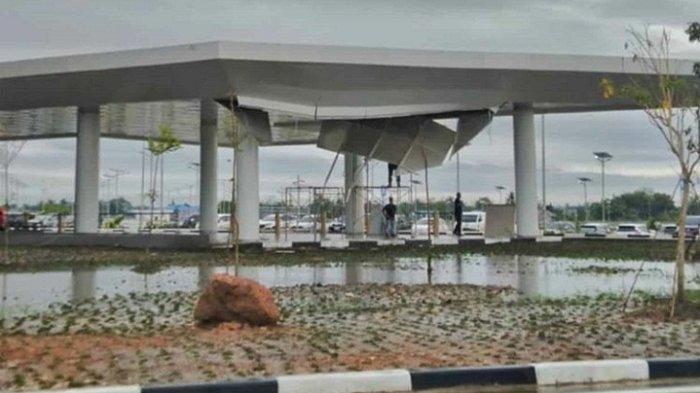 Baru Diresmikan dan Dipuji Presiden Jokowi, Atap Bandara Syamsuddin Noor Jebol, Ini Penyebabnya