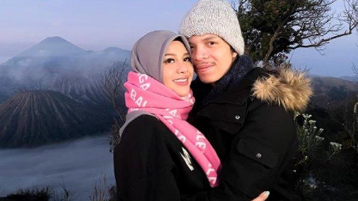 Khawatir Soal Kehamilan Aurel Hermansyah, Atta Halilintar Minta Sang Istri Tanyakan ke Dokter