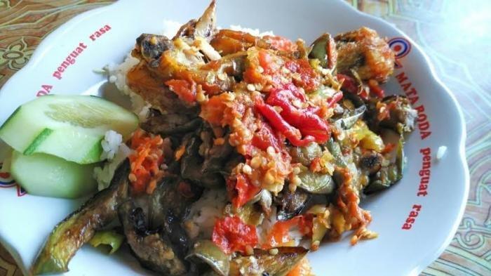 Mencari Kuliner Legendaris di Jogja untuk Makan Siang, Ini Rekomendasinya, Ada Menu Ayam Geprek