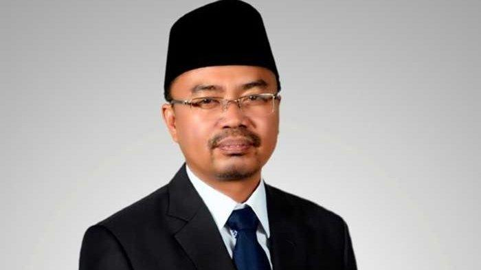 Selalu Dikeluhkan Masyarakat, Baharuddin Demmu Minta Pemprov Kaltim Fokus Perbaiki Jalan Provinsi