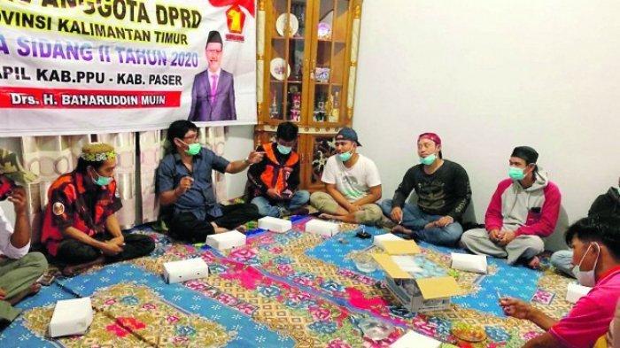 Reses di PPU-Paser, Baharuddin Muin Bantu Nelayan dan Warga Terdampak Covid-19