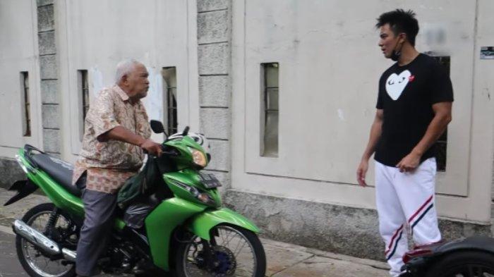 Kakek yang Ditegur Baim Wong karena Minta Uang Lagi Butuh Pengobatan, Uncle Teebob Galang Bantuan