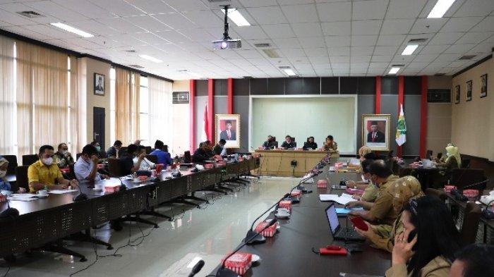 Badan Anggaran dan TPAD Bahas KUA-PPAS APBD Kaltim 2021