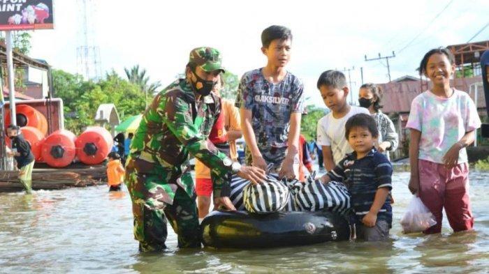 Kodim 0912/KBR Siaga Antisipasi Banjir Susulan di Beberapa Kampung Kutai Barat