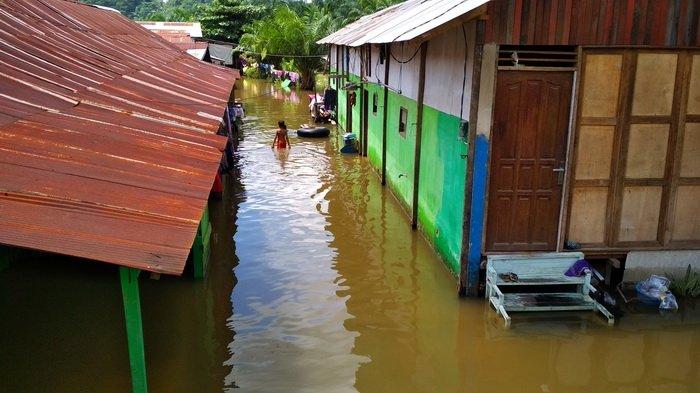 Sudah Lima Hari Banjir tak Juga Surut, Warga: Ini Pemerintah Ngapain