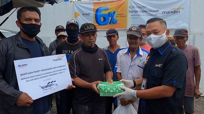 Bank Mandiri Samarinda Salurkan Paket Makanan & Sembako Senilai Rp 91 Juta untuk Penanganan Covid-19