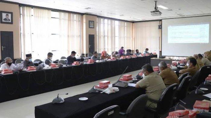 Suasana rapat Banmus DPRD Kaltim, Senin (1/3/2021).