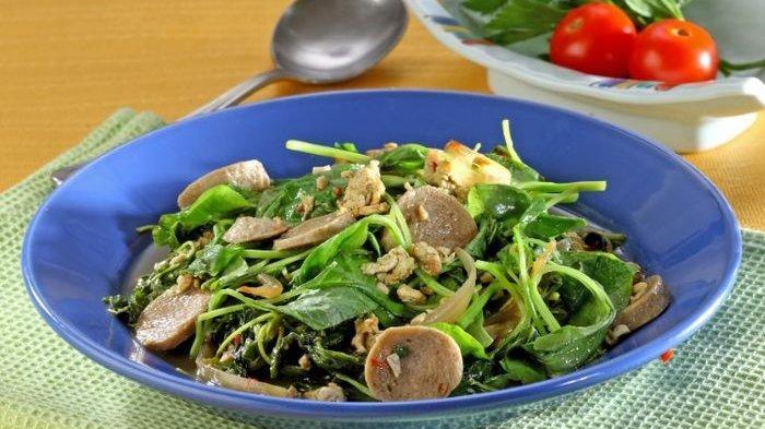Resep Tumis Bayam Bakso Sapi Enak, Olahan Sayur Praktis yang Bikin  Anggota Keluarga Lahap Makan