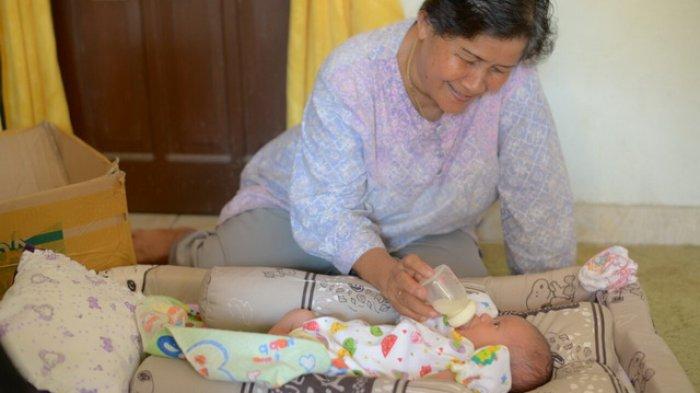 Rusmayati Kaget Menyangka Sampah Ternyata Bayi Perempuan, Kisahnya Memilukan . . .