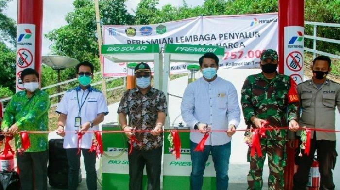 BBM Satu Harga di Long Pahangai, Masyarakat Pedalaman Senang Akhirnya Bisa Beli Harga Sama di Kota