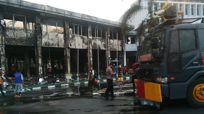 Gedung Baru yang Terbakar di Kantor Gubernur Bernilai Miliaran Rupiah