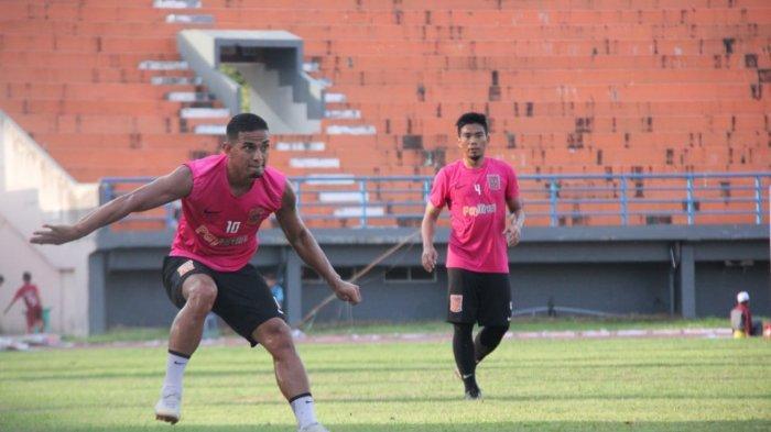 GM Arema FC Dapatkan Sosok Pengganti Makan Konate, Rekomendasi Mario Gomez, eks Persija Jakarta?