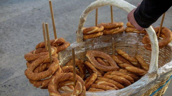 Hakikat Berbagi Roti dan Kopi ala Turki dan Prancis