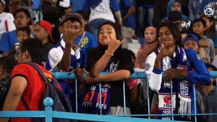 Betapa Salutnya Polisi Atas Sikap Aremania saat Arema FC Kalah di Markas Sendiri dari Persib Bandung