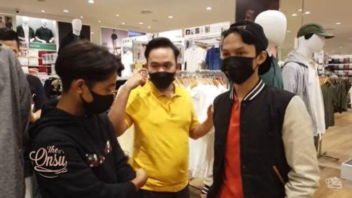 Betrand Peto dan Ruben Onsu Belikan Pakaian & Sepatu, Jejen Penjual Bakso Ngaku Pertama Kali ke Mall