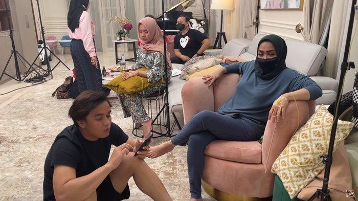Kelakuan Billy Syahputra pada Rafathar Bikin Mama Rieta Marah, Nagita Slavina dan Mbak Lala Protes