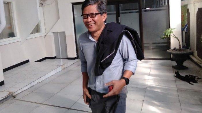 Rocky Gerung Sorot Emosi Pangdam Jaya dan Habib Rizieq di Polemik TNI & FPI, Singgung Peran Jokowi