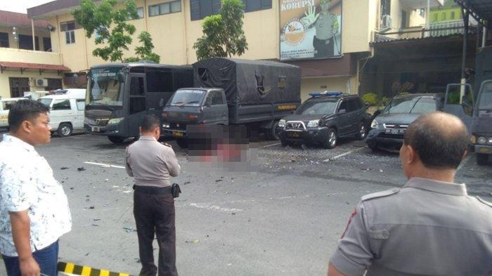 Ledakan Diduga Bom di Polrestabes Medan Sumatera Utara, Masyarakat Berhamburan