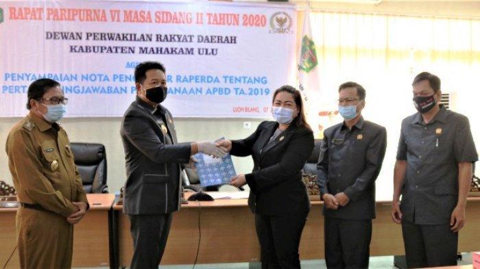Bupati Sampaikan Raperda Pertanggungjawaban APBD, DPRD Apresiasi Mahulu Raih Opini WTP