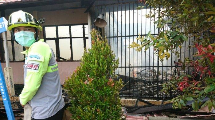 Ruang Guru SMA Negeri 15 Samarinda Hangus Terbakar, Sisakan Brangkas Kecil Berisi Dokumen Penting