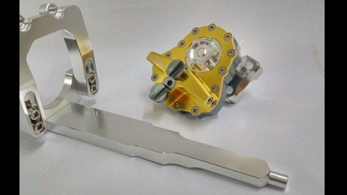 Diyakini Bikin Kendali Stabil, Ini Bedanya Steering Damper Khusus Motor Matic dan Tipe Universal