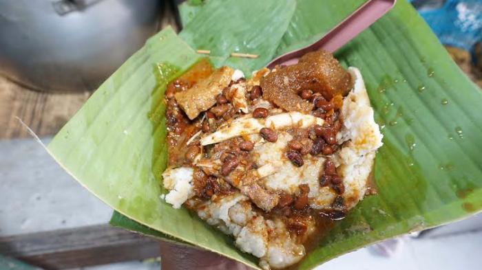 Nasi Gudeg Sudah Biasa, Ini Bubur Gudeg Mbah Sudinah yang Legendaris