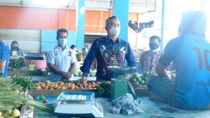 Harga Cabai Rawit Melejit Rp 120 Ribu/Kg, Bupati Malinau Sidak ke Pasar Induk