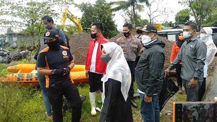 Sambangi Sungai Tempat Bocah 10 Dilaporkan Tenggelam, Bupati Berau Minta Maksimalkan Pencarian