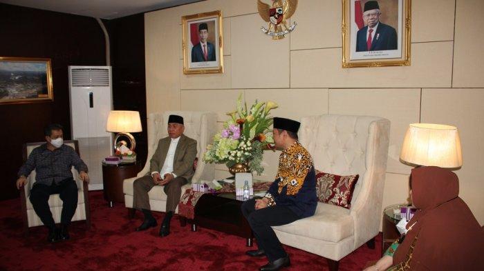 Gubernur Isran Noor Minta Maaf pada Bupati dan Wabup Paser karena Telah Melantik secara Virtual
