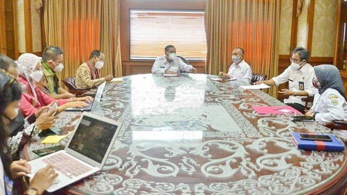 Tim Penyusun dari Kominfo Audiensi di Kubar, Pemkab Minta Prioritas Penambahan BTS